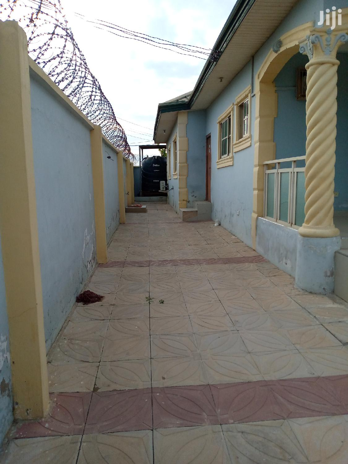 Executive 3 Bedrooms Self Compound   Houses & Apartments For Sale for sale in Ga South Municipal, Greater Accra, Ghana
