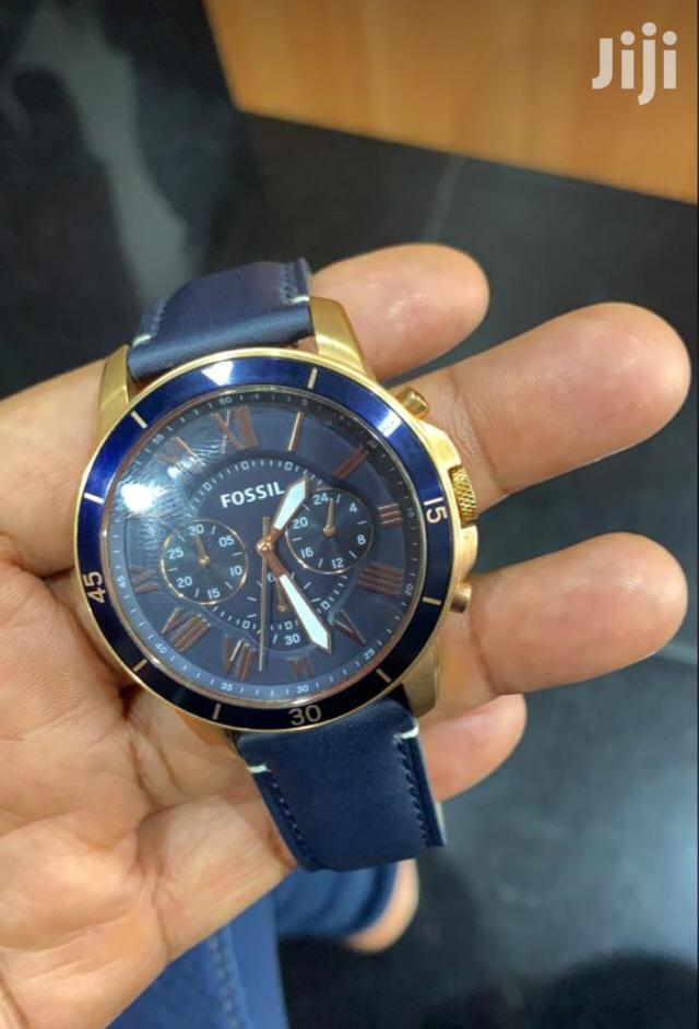 Fossil Durable Leather Chronograph Watch