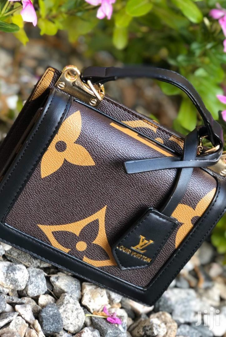 Archive: Ladies Hand Bags For Sale