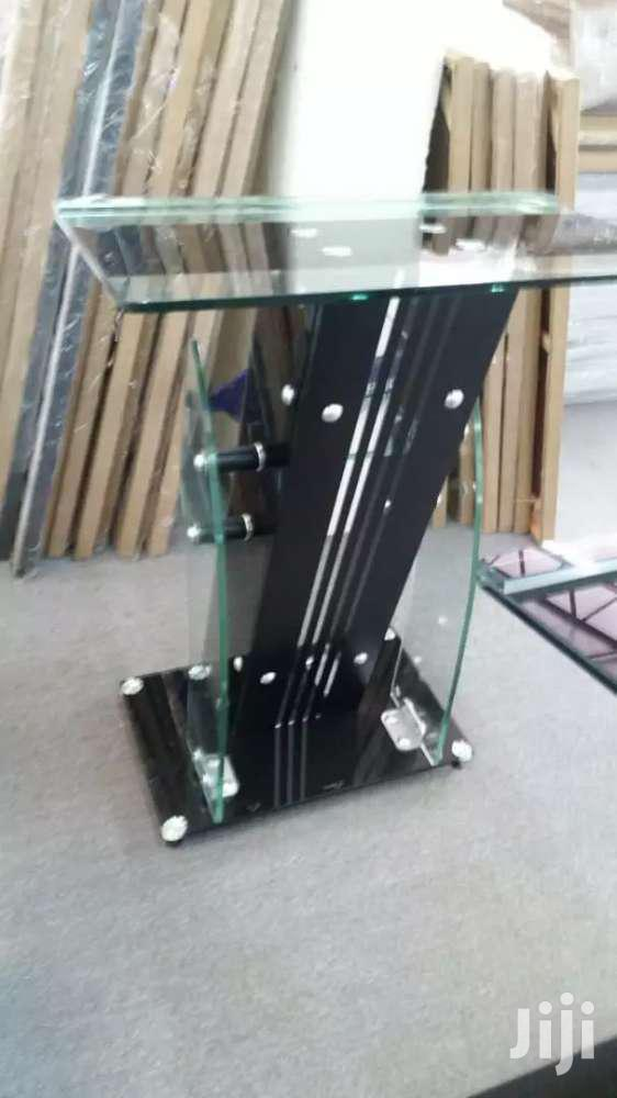 Archive: Acrylic Glass Pulpit