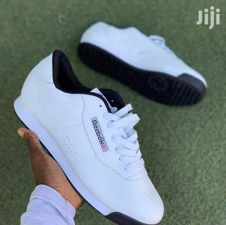 Reebok Sneaker Available For Sale In