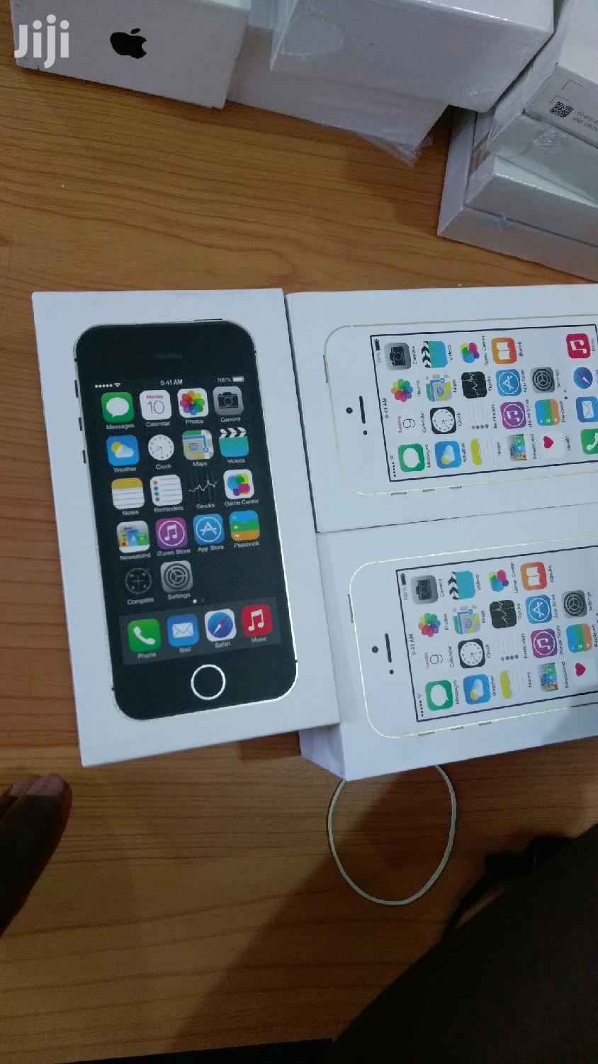 New Apple iPhone 5s 16 GB