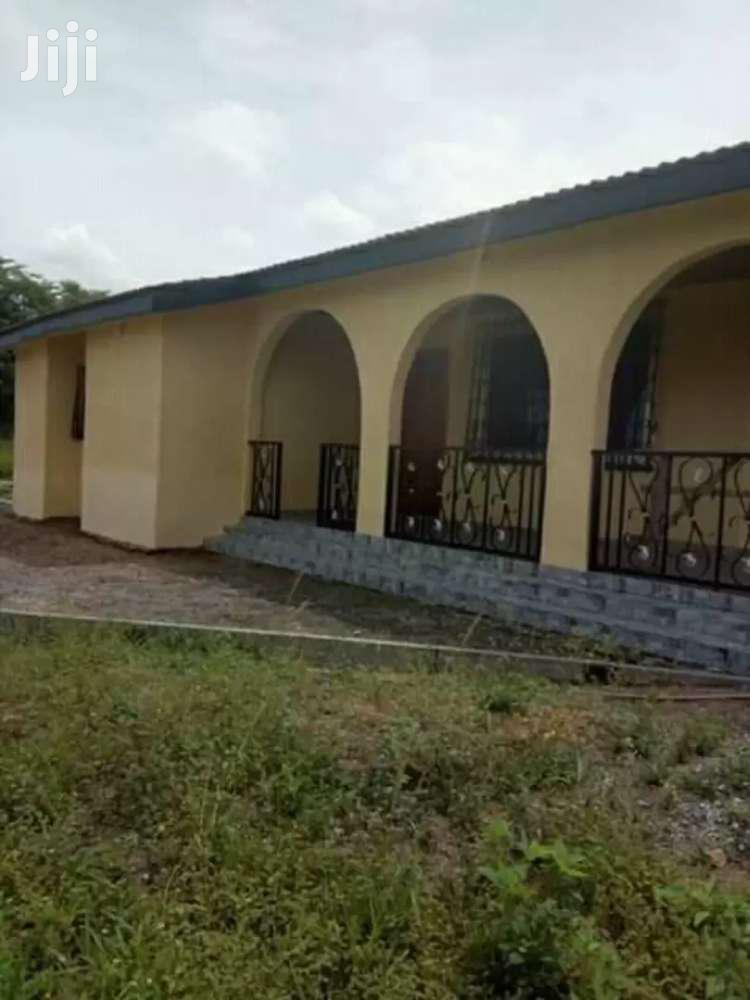 Selling 5 Bedrooms On A Four Plots Of Land At C P  In Kasoa | Houses & Apartments For Sale for sale in Awutu Senya East Municipal, Central Region, Ghana