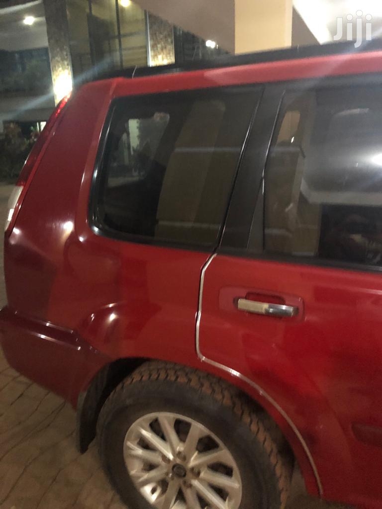 Archive: Nissan X-Trail 2003 Red