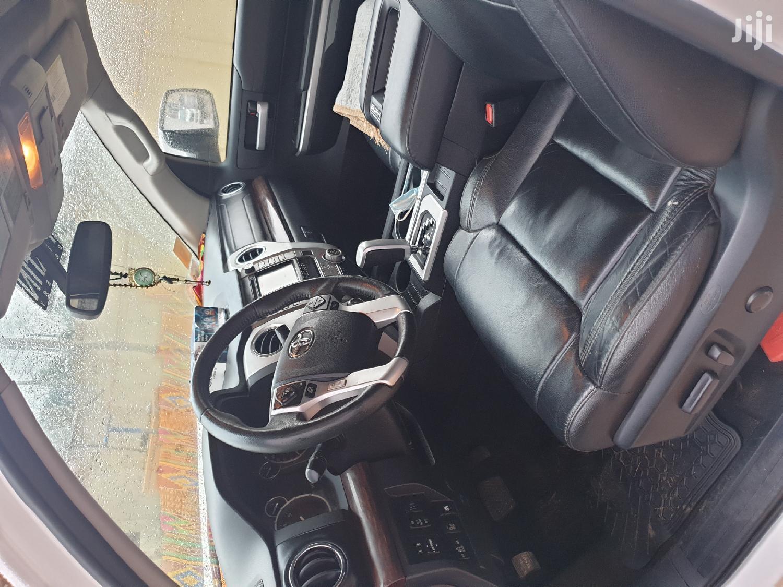 Archive: Toyota Tundra 2015 White