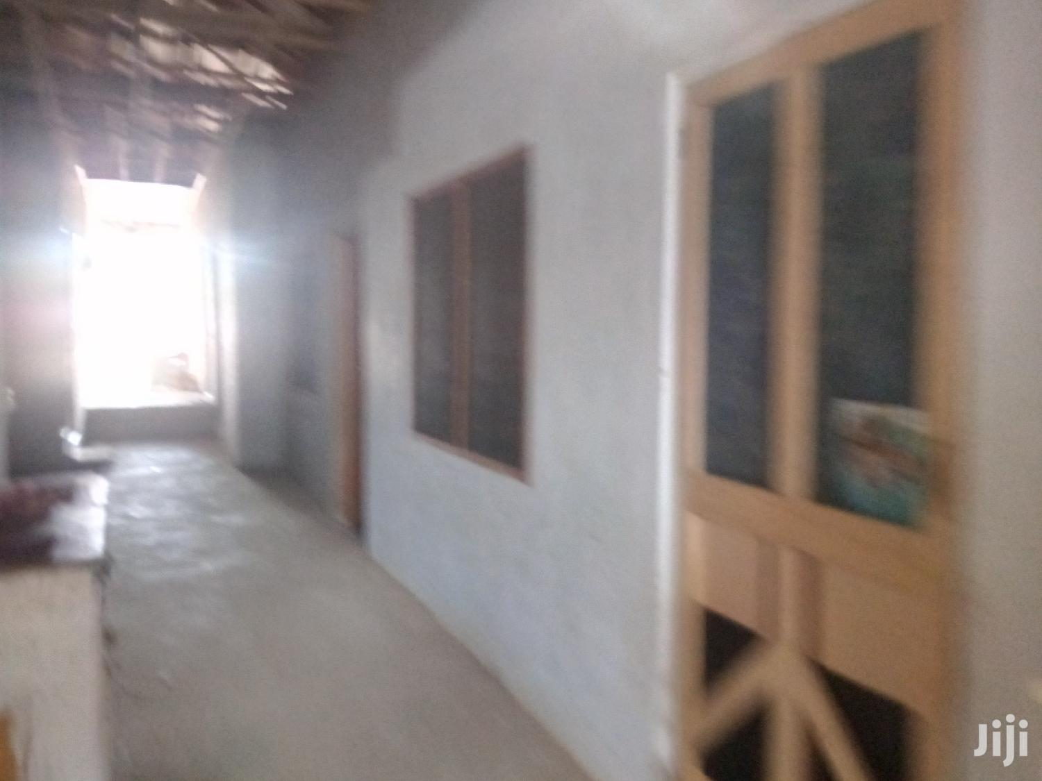 6 Bedrooms ,1 Big Hall Availabe For Grab   Houses & Apartments For Sale for sale in Obuasi Municipal, Ashanti, Ghana