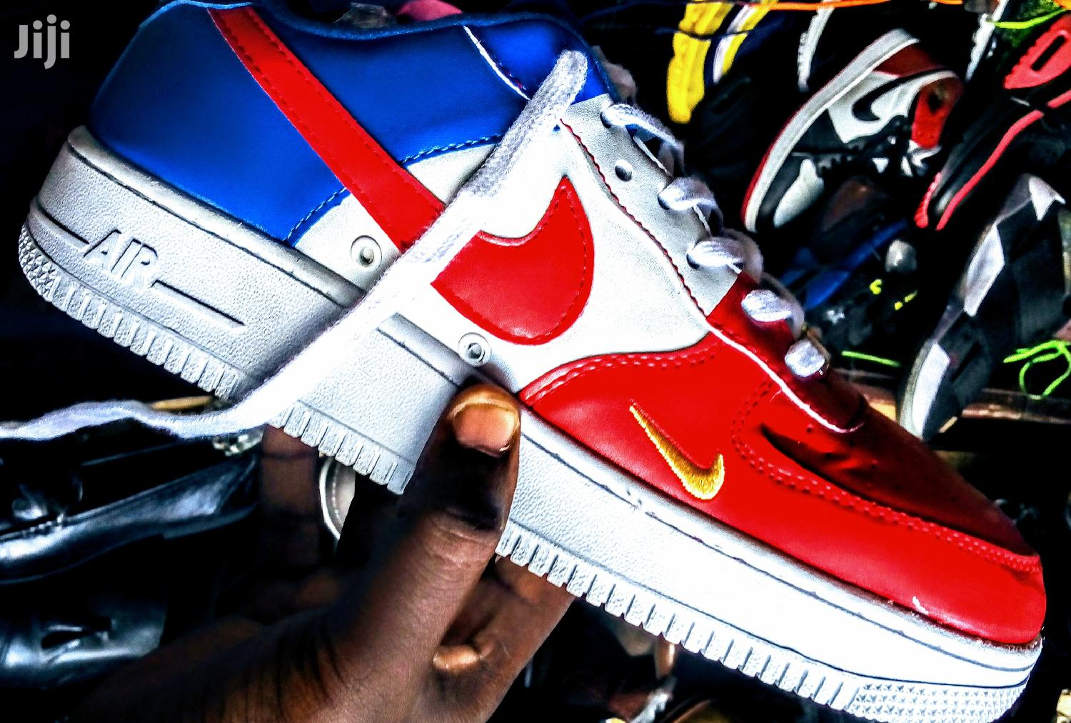 Nike Air Force Available At Negotiable Prices