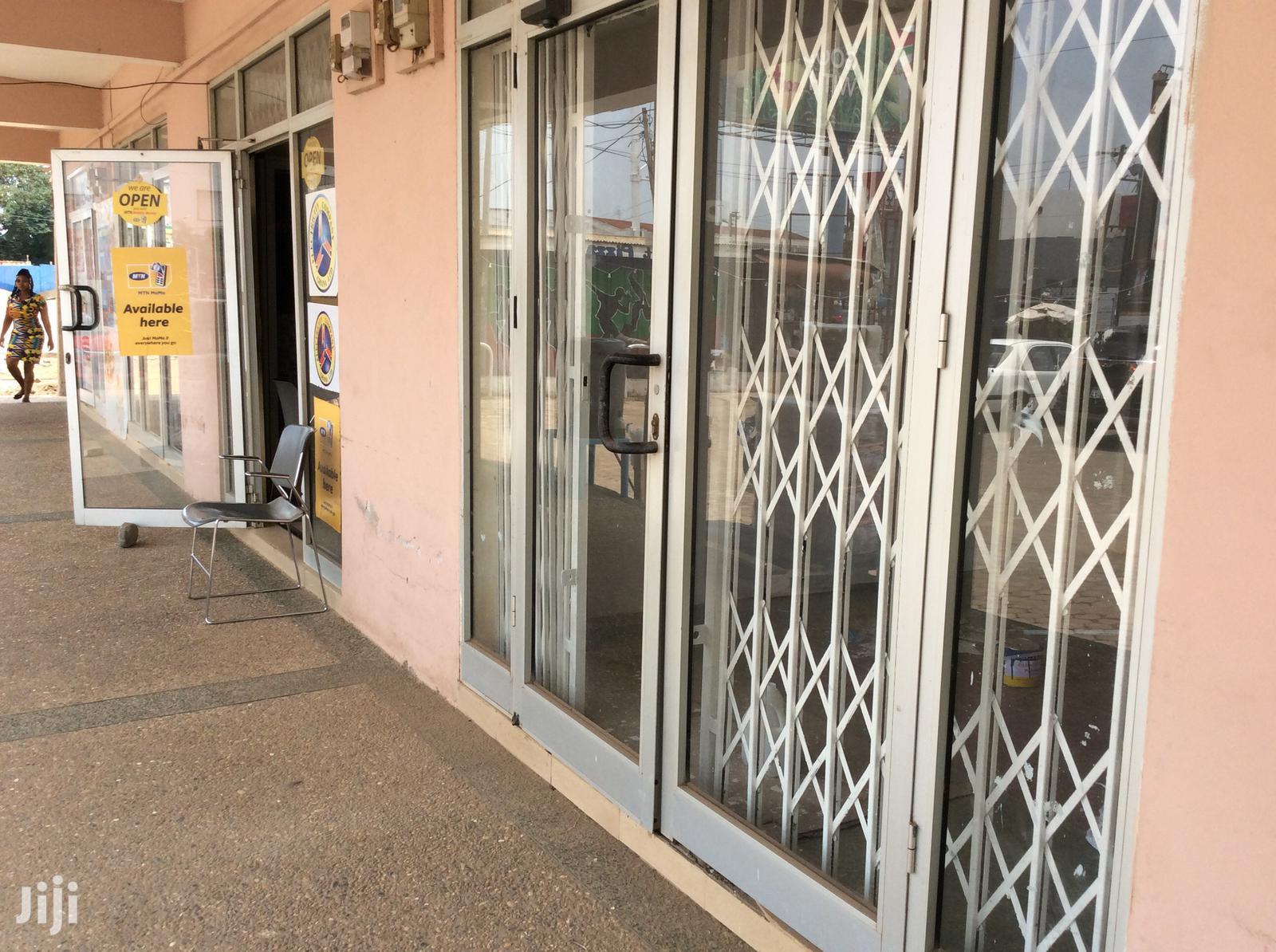 Shop/Office Space 4 Rent, Ground Floor, Spintex Main Road