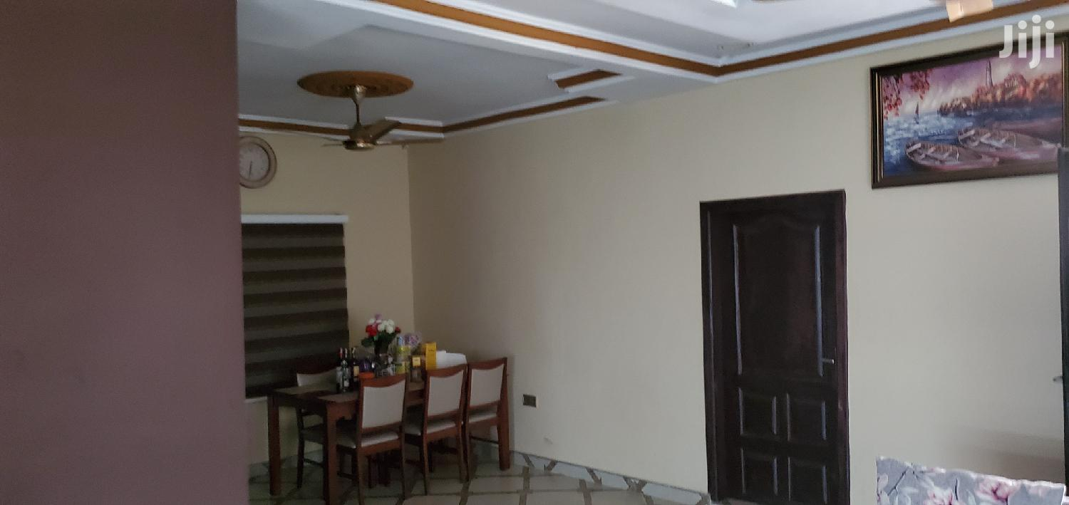 Archive: Executive 3 Bedroom House Direct Owner