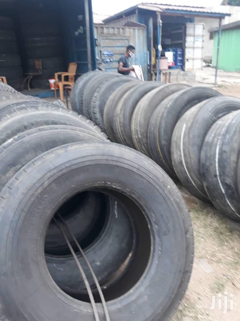 Truck Tyres All Seizes