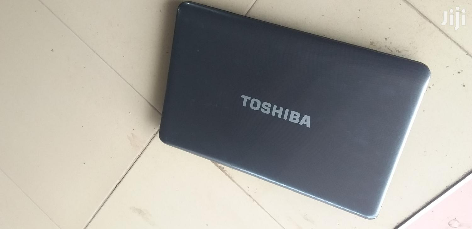 Archive: Laptop Toshiba Satellite L730 4GB Intel Core i5 HDD 500GB