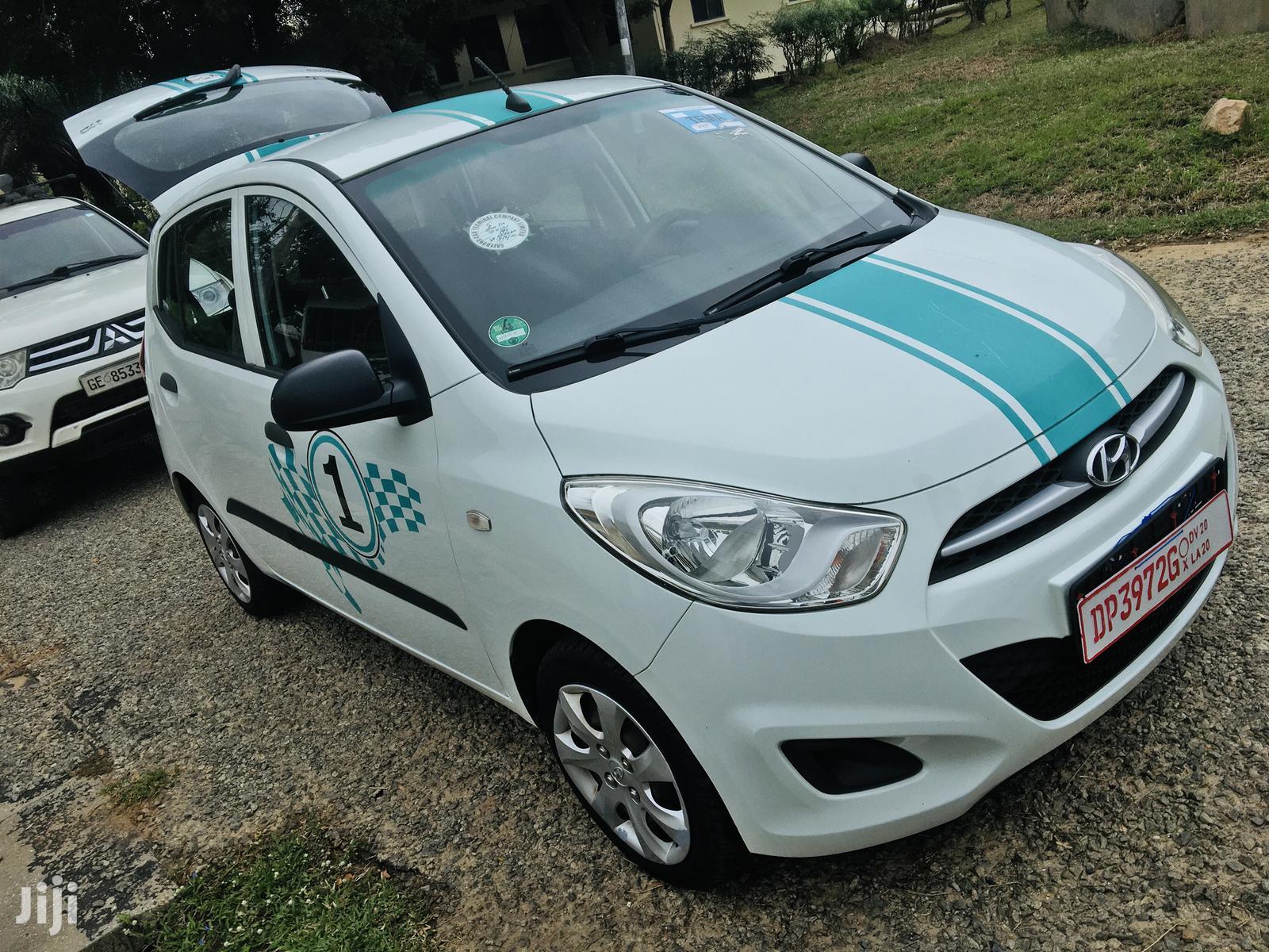 Archive: Hyundai i10 2012 1.2 White