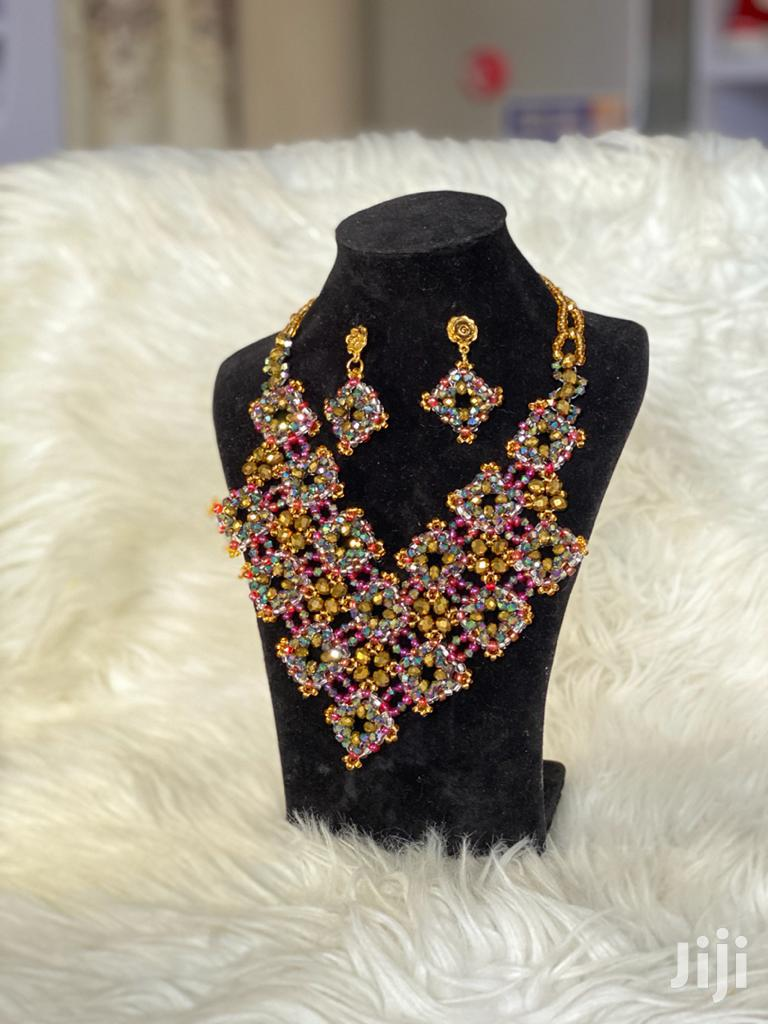 Archive: Beautiful Beaded Necklace