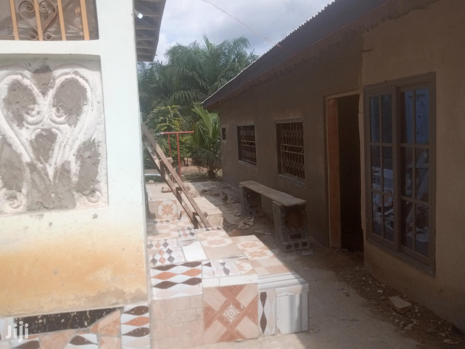 Very Serene House With 4 Rooms And Hall | Houses & Apartments For Sale for sale in Obuasi Municipal, Ashanti, Ghana