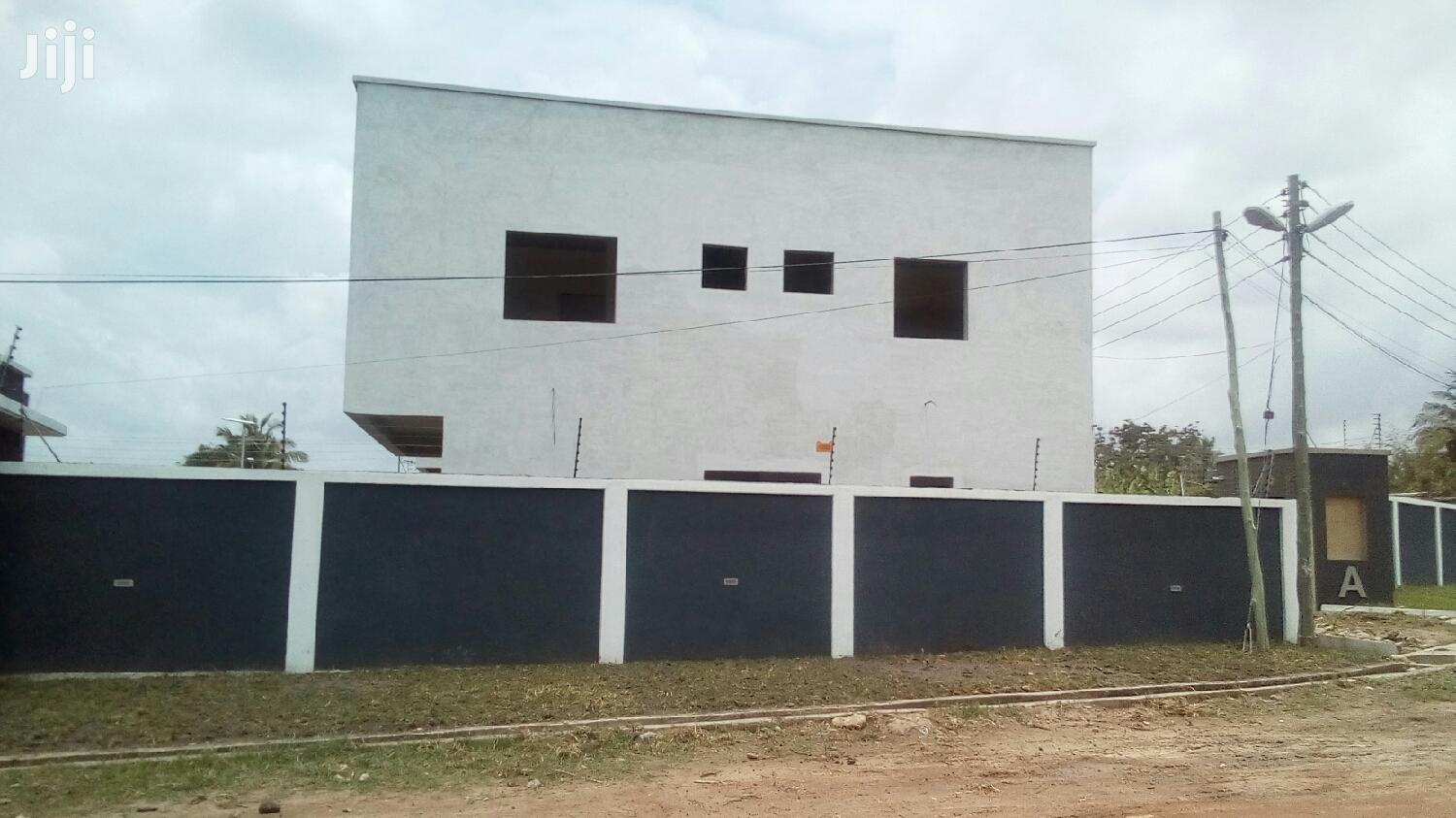 3 Bedroom Townhouses Selling | Houses & Apartments For Sale for sale in Adenta Municipal, Greater Accra, Ghana