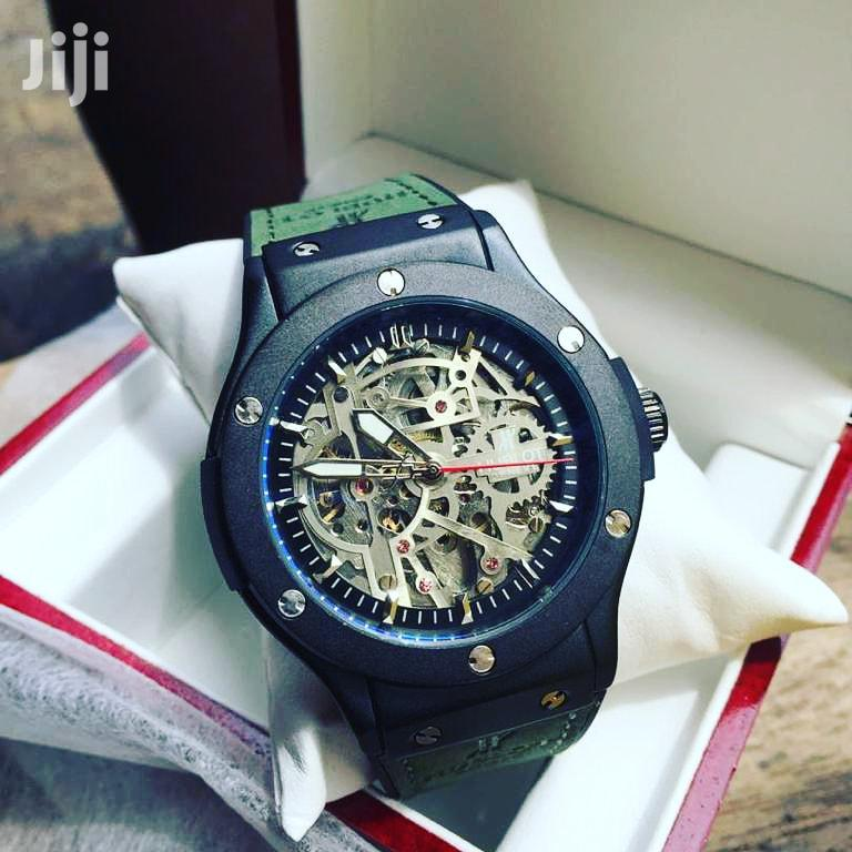 0riginal HUBLOT Engine Watch With a Box/Case
