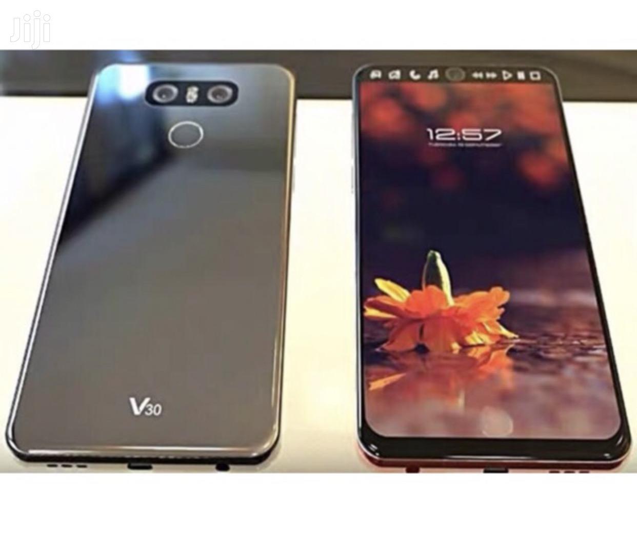 New LG V30 64 GB | Mobile Phones for sale in Kumasi Metropolitan, Ashanti, Ghana