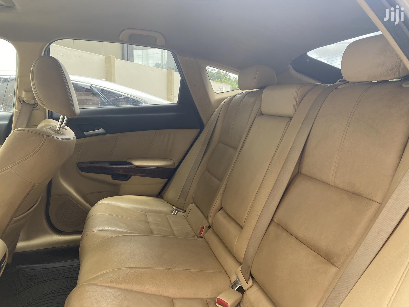 Honda Accord CrossTour 2011 EX-L AWD White | Cars for sale in East Legon, Greater Accra, Ghana