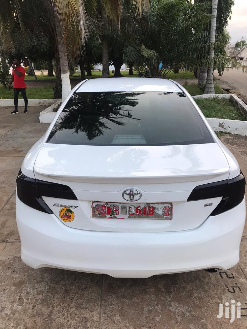 Archive: Toyota Camry 2014 White