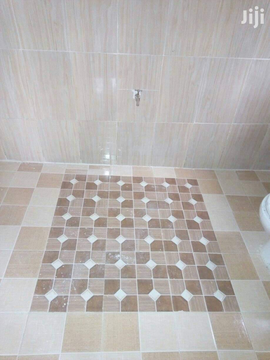Professional Tiler With Experience