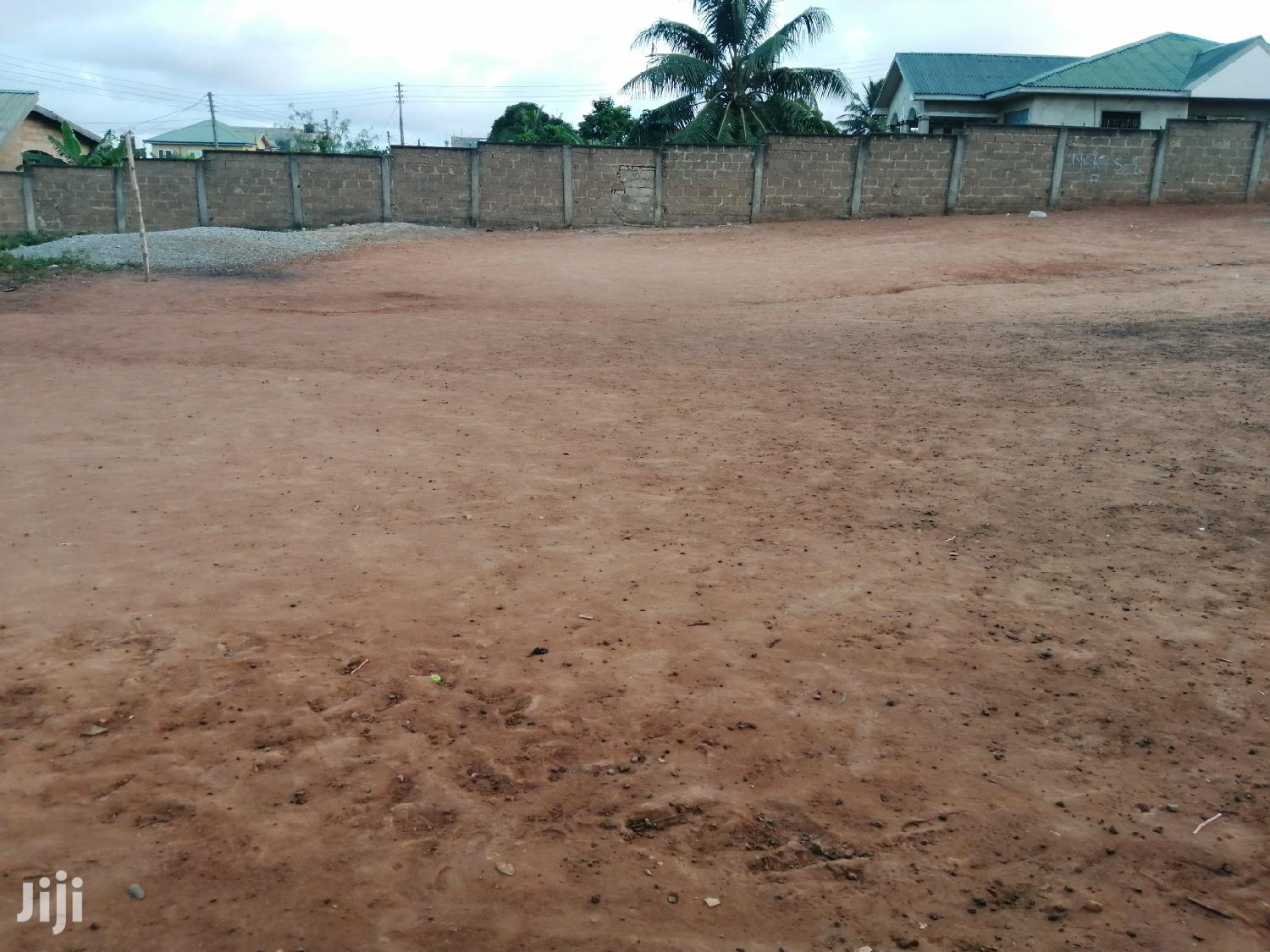 One Plot of Land for Sale at 7 Days
