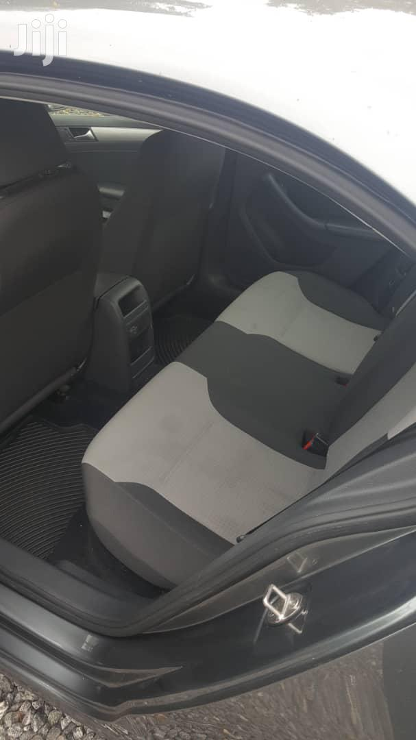 Archive: Volkswagen Jetta 2017 1.4T SE