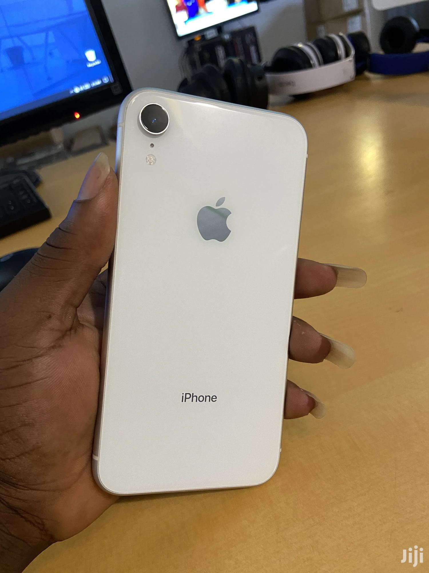 Apple iPhone XR 64 GB White | Mobile Phones for sale in Ga East Municipal, Greater Accra, Ghana