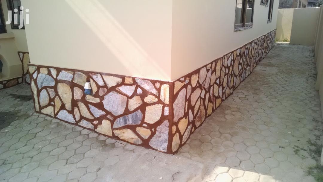Professional Tiler/Mason | Building & Trades Services for sale in Awutu Senya East Municipal, Central Region, Ghana