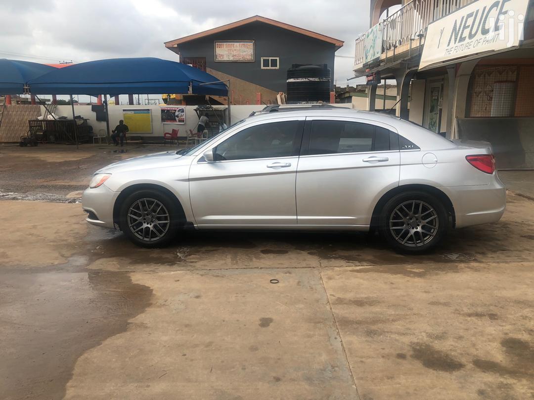 Chrysler Sedan 2012 Gray