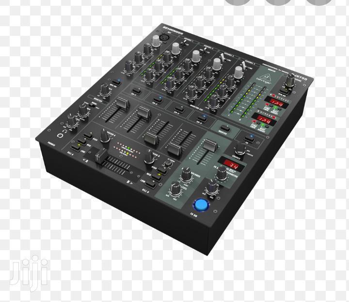 DJ Mixer Behringer DJX750