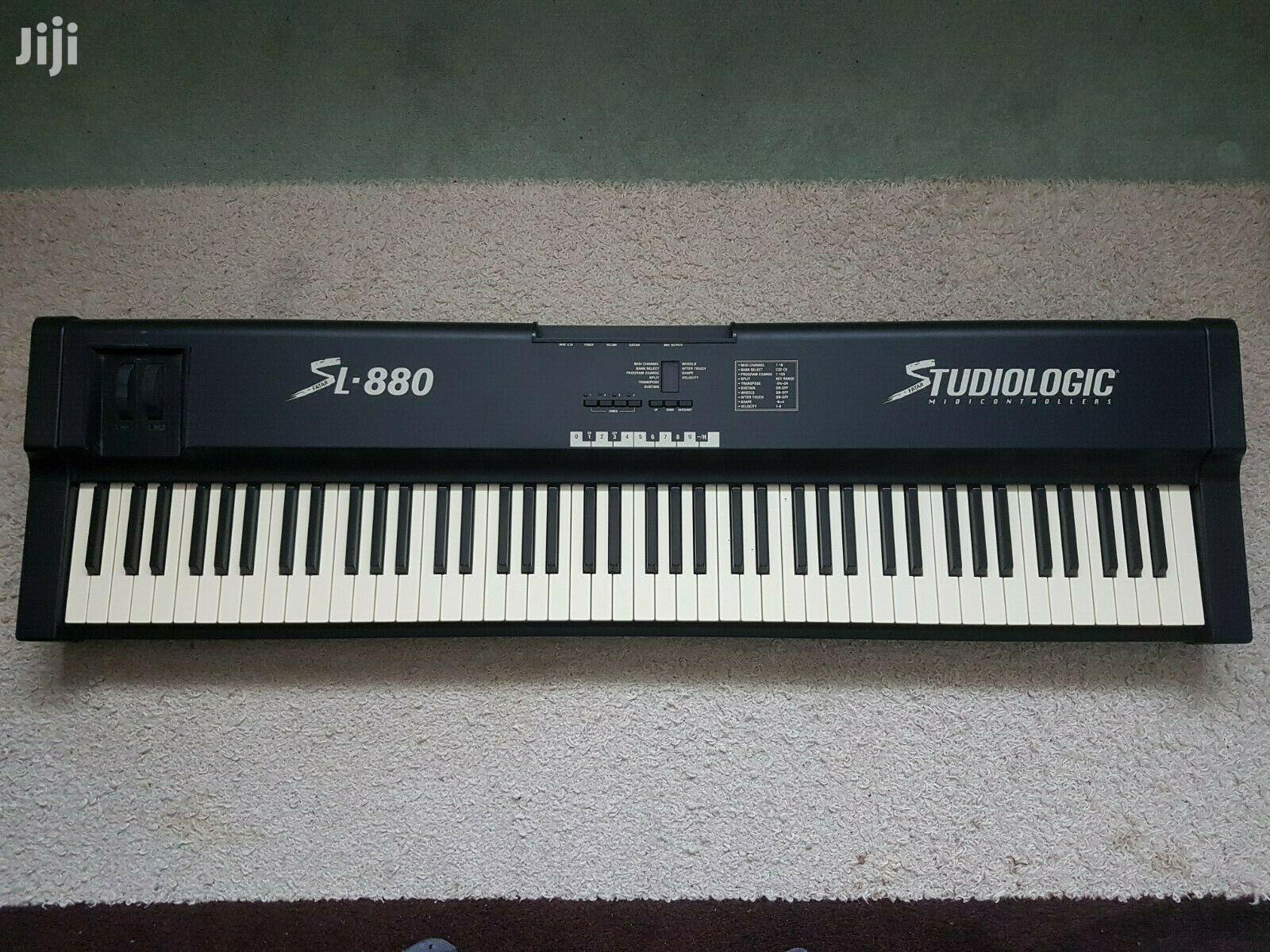 Studiologic SL-880 88-Key Piano Hammer Action MIDI Keyboard