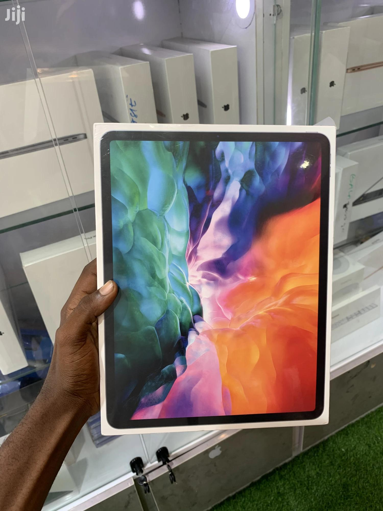 New Apple iPad Pro 12.9 (2020) 256 GB Black