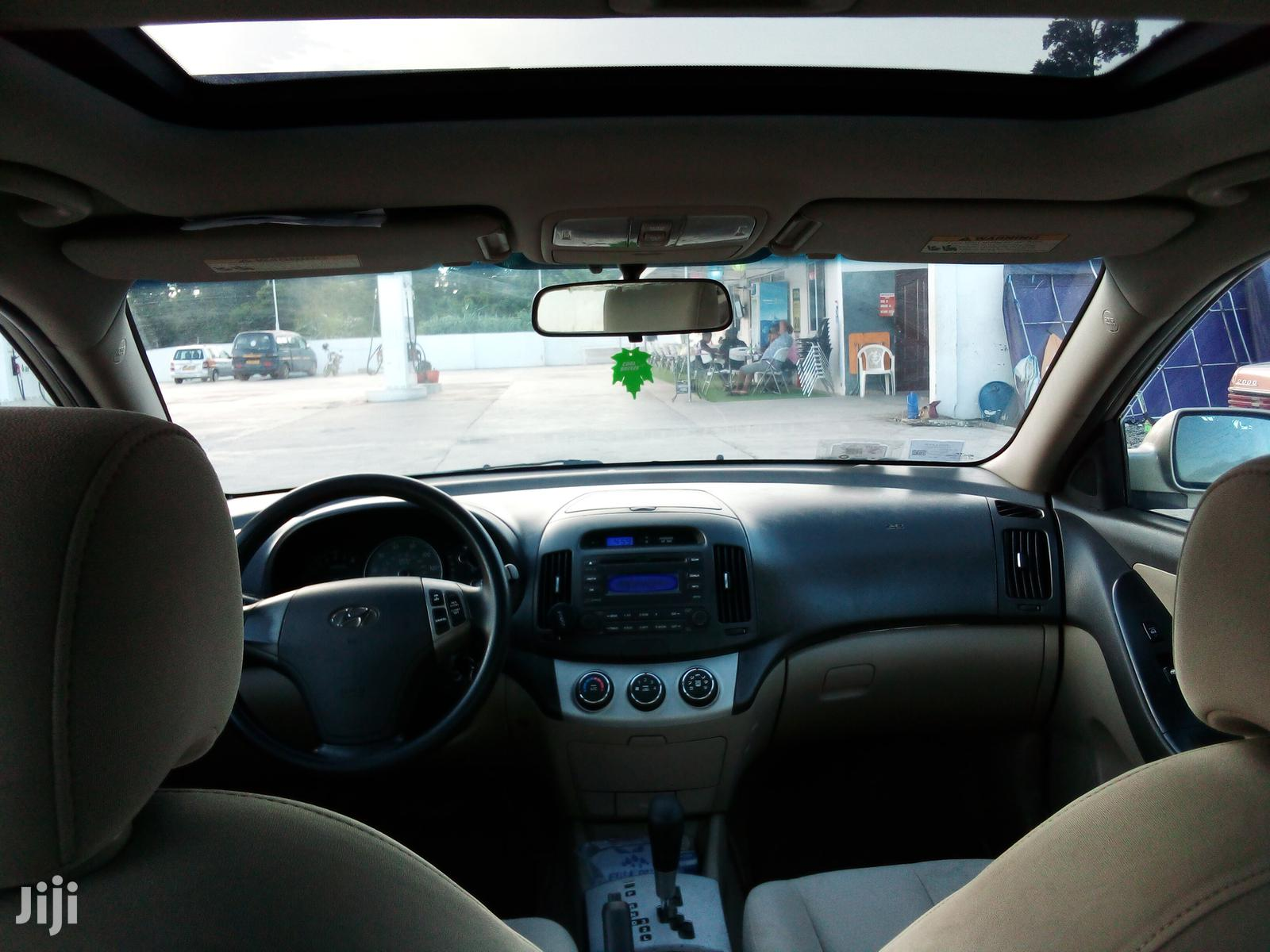 Archive: Hyundai Elantra 2007 2.0 GLS Beige