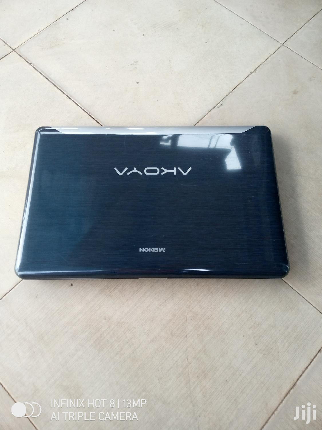 Archive: Laptop Medion Akoya P6685 4GB Intel Core I5 HDD 750GB