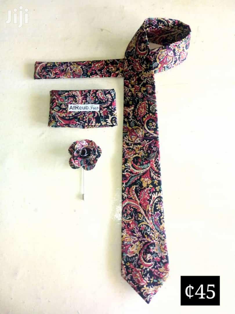 Archive: Set of Ties