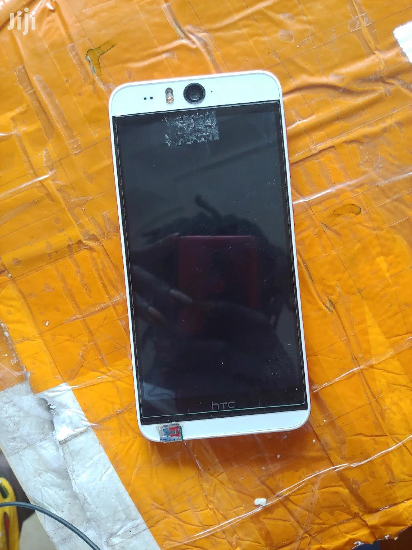 New HTC Desire Eye 16 GB White