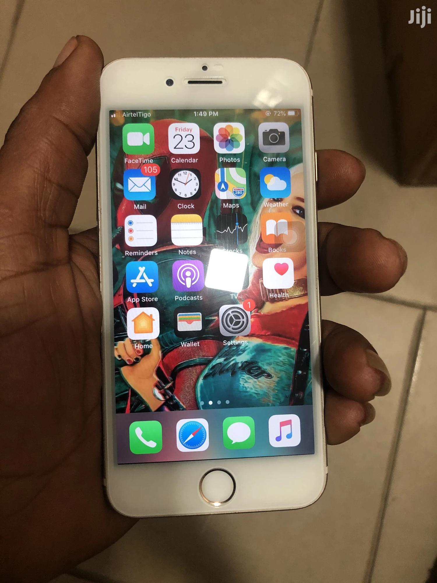 Apple iPhone 6s 64 GB Gold