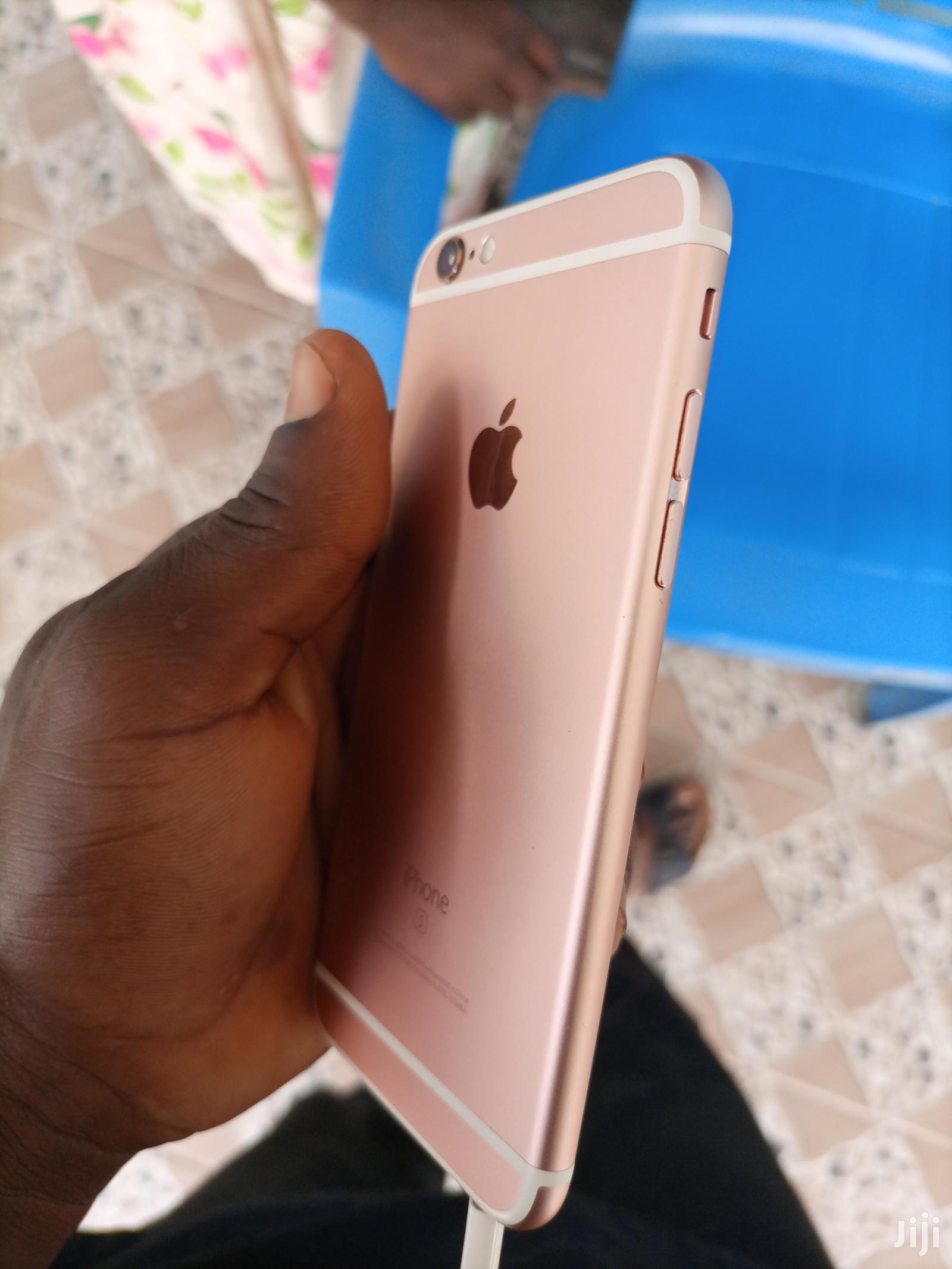 Apple iPhone 6s 64 GB Gold   Mobile Phones for sale in Berekum Municipal, Brong Ahafo, Ghana