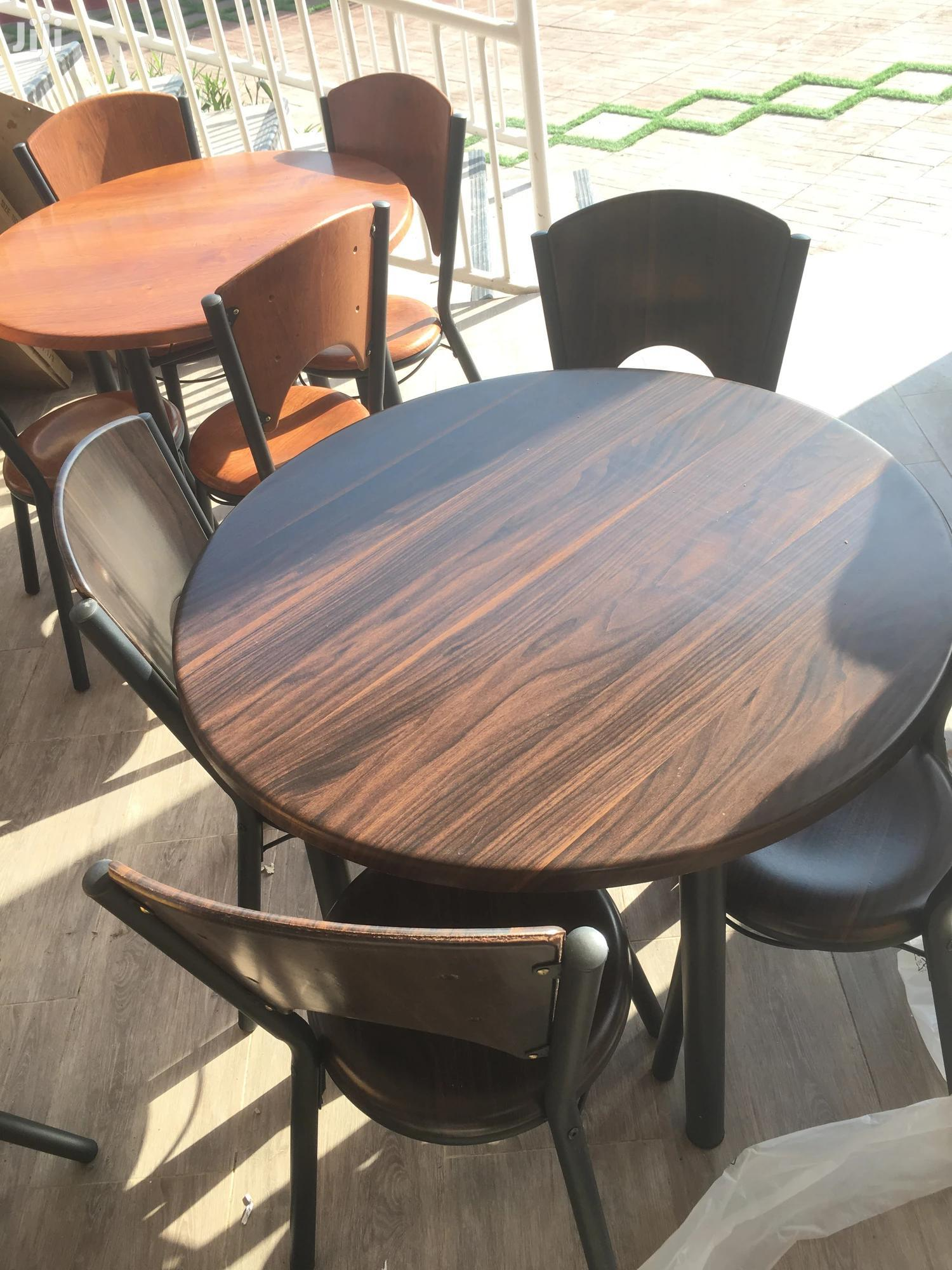 Dining Table 3-4 Chairs