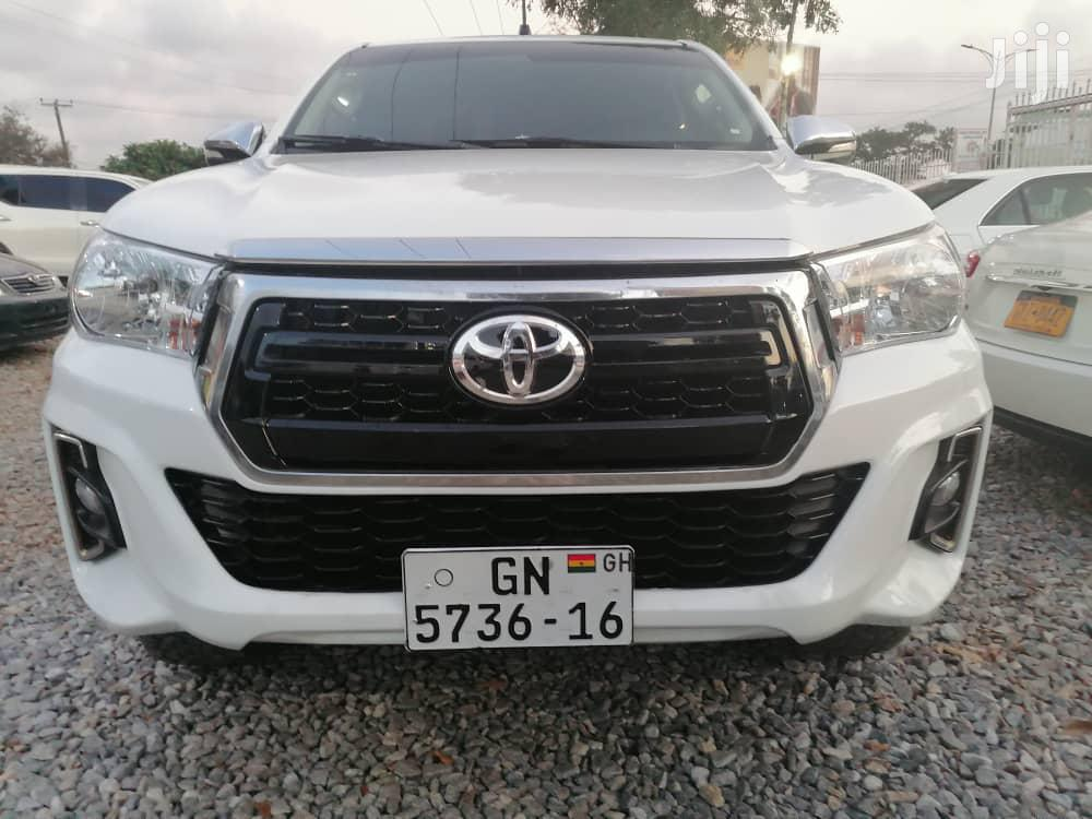 Toyota Hilux 2016 Sr5 4x4 Silver In Adenta Municipal Cars Declan Yao Edem Jiji Com Gh For Sale In Adenta Municipal Buy Cars From Declan Yao Edem On Jiji Com Gh