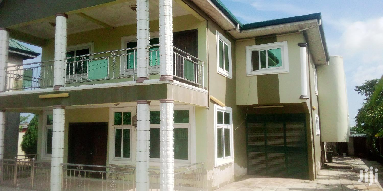5-bedroom Selling Executive In Kasoa By Roadside