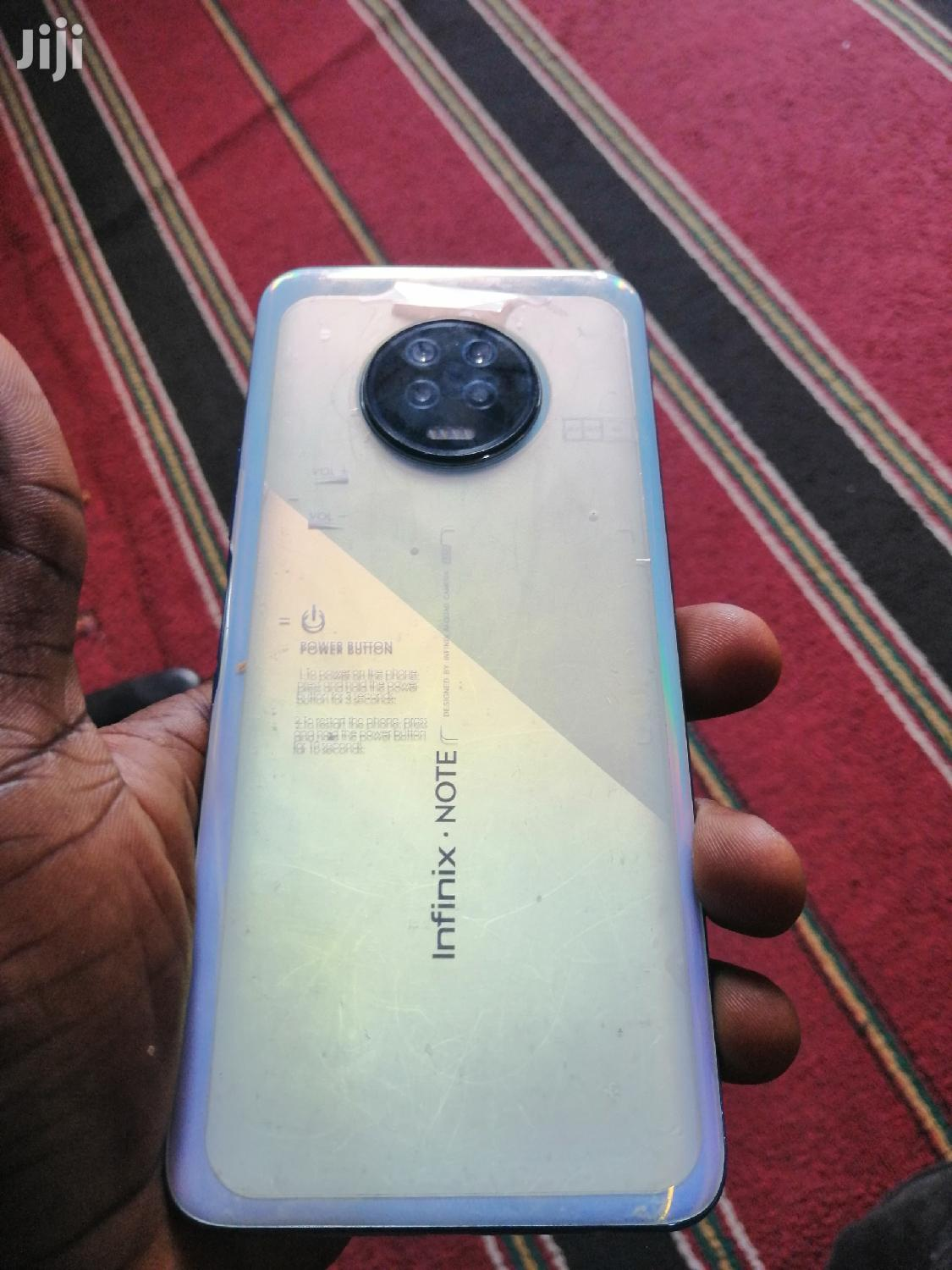 Archive: Infinix Note 7 128 GB White