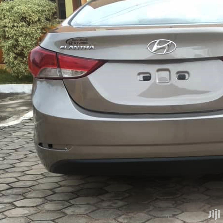 Archive: Hyundai Elantra GLS 2012 Beige
