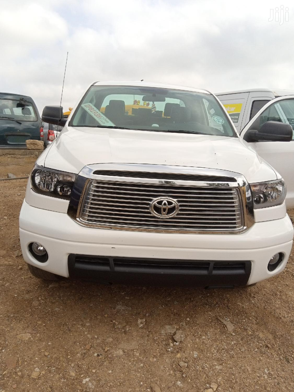 Toyota Tundra 2012 White