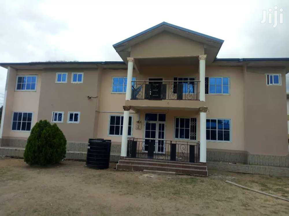 12 Bedroom New -4rent At Nsawam - Fire Service