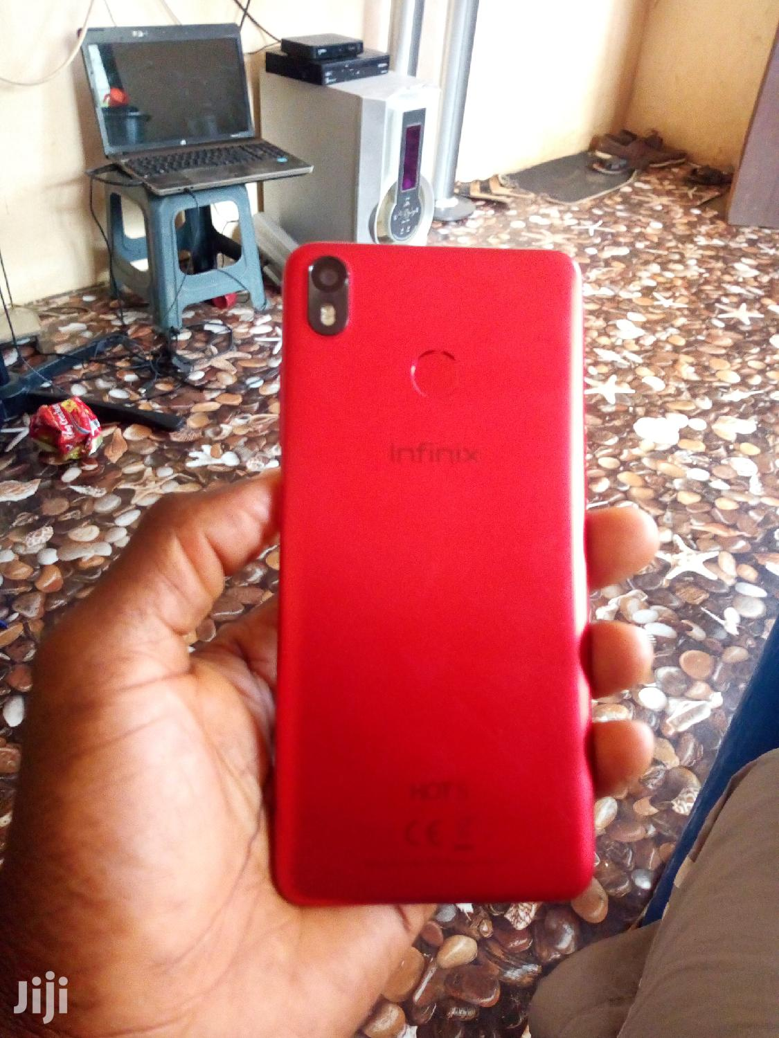 Archive: Infinix Hot S3 32 GB Red