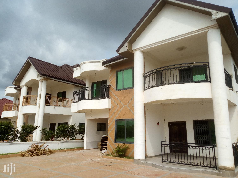 Executive 5 Bedroom House For Sale At Oyarifa