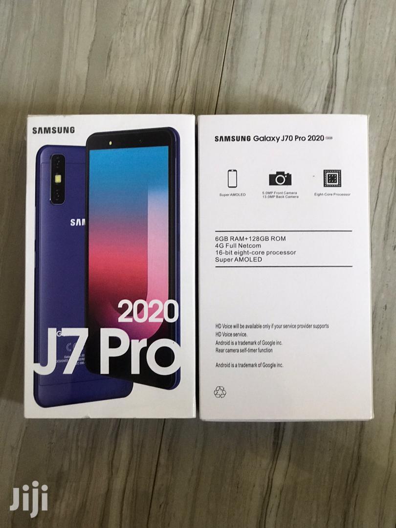 Archive: New Samsung Galaxy J7 Pro 32 GB