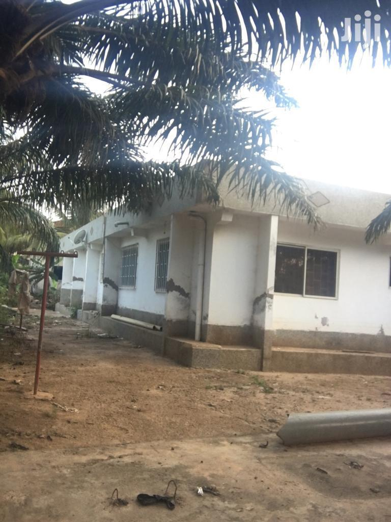 5 Bedroom House for Sale at Agbogba.