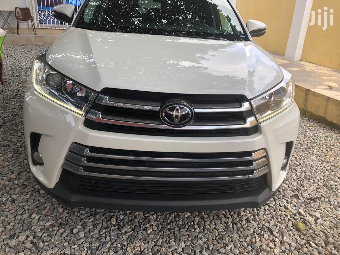 Toyota Highlander 2017 Xle 4x4 V6 3 5l 6cyl 8a White In Accra Metropolitan Cars Nana Kofi Jiji Com Gh For Sale In Accra Metropolitan Buy Cars From Nana Kofi On Jiji Com Gh